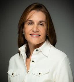 Dr. Ana Pazos