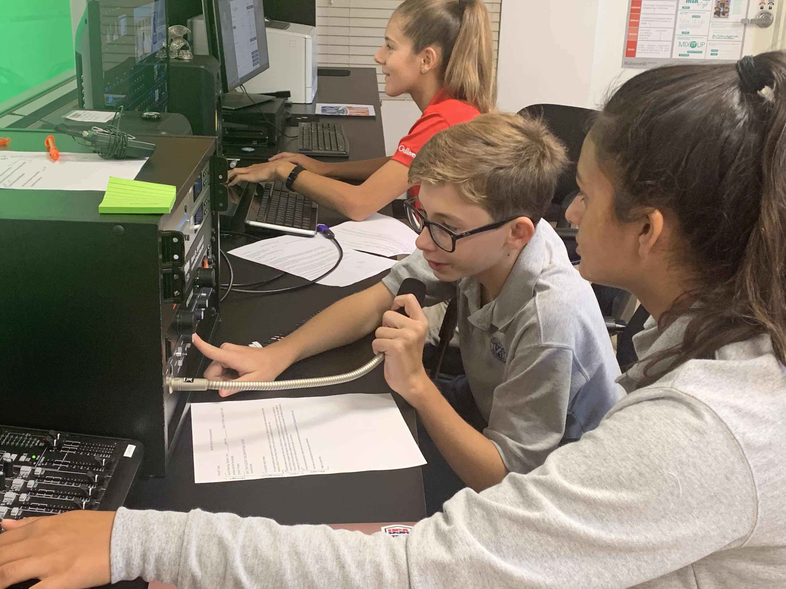 Middle school students working on RSN