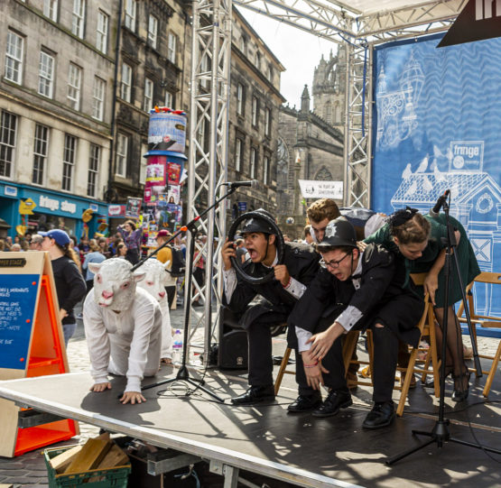 Gulliver theatre students performing at The Fringe Festival